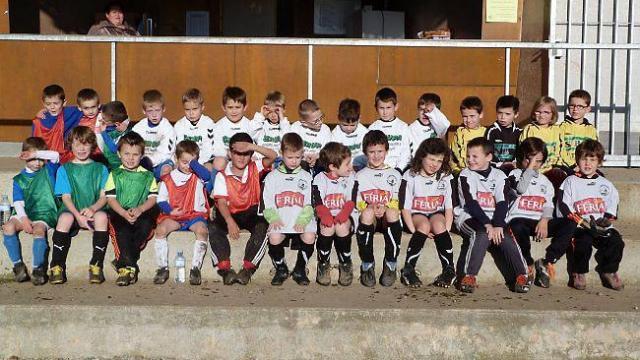 27-jeunes-footballeurs-u6-et-u7-au-stade